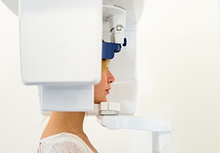 Patient receiving 3D scan